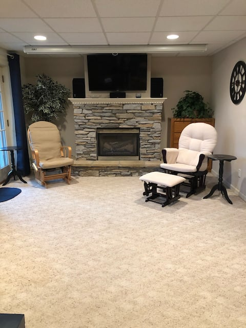 Basement Suite-Perfect for your Penn State visit!