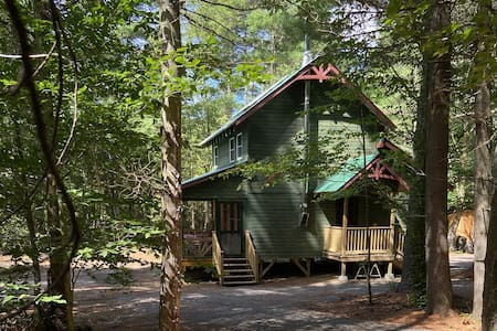 Secluded River Overlook Retreat on 160 acres.