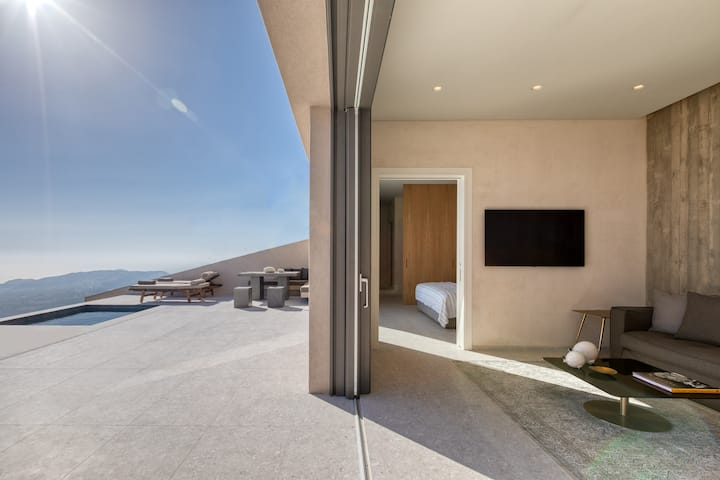 Santorini Sky | Panoramic Villa *JUST OPENED*