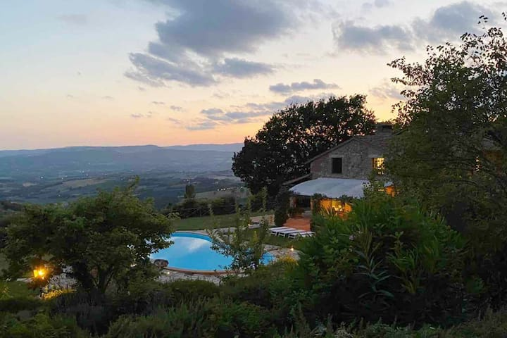 Villa I Grifoni, luxury villa with gorgeous views