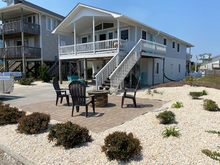 Cozy Cottage by the Sandy Shores (2nd floor unit)