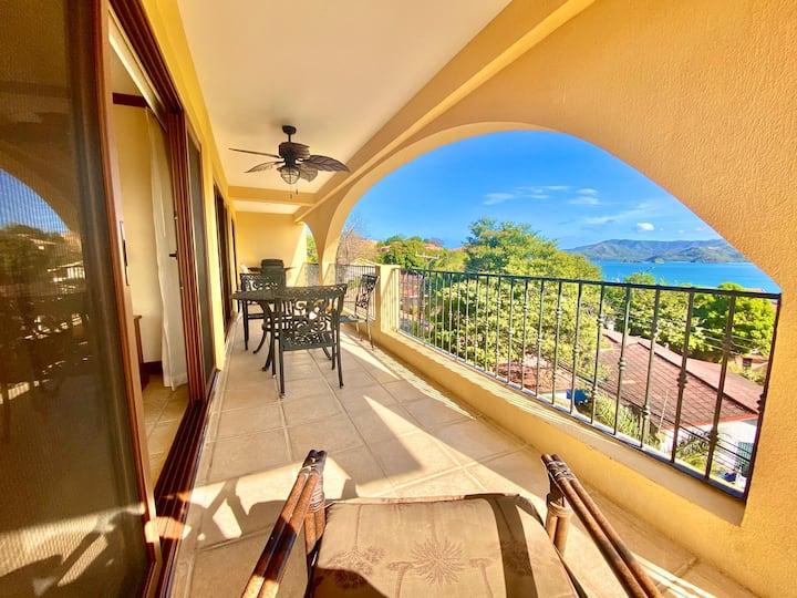 Walk2beach! Ocean views! Resort access! sleeps6+