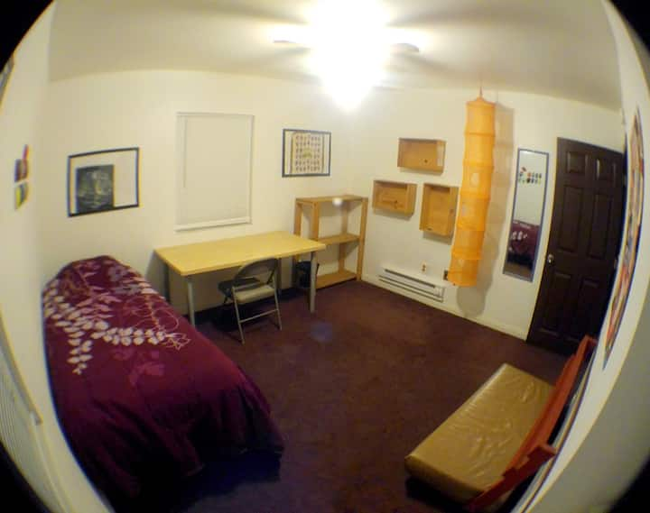 Co-Living House in Riverside (Room #1)