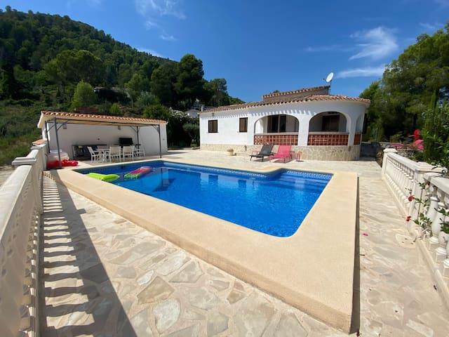 villa oliva- vue mer