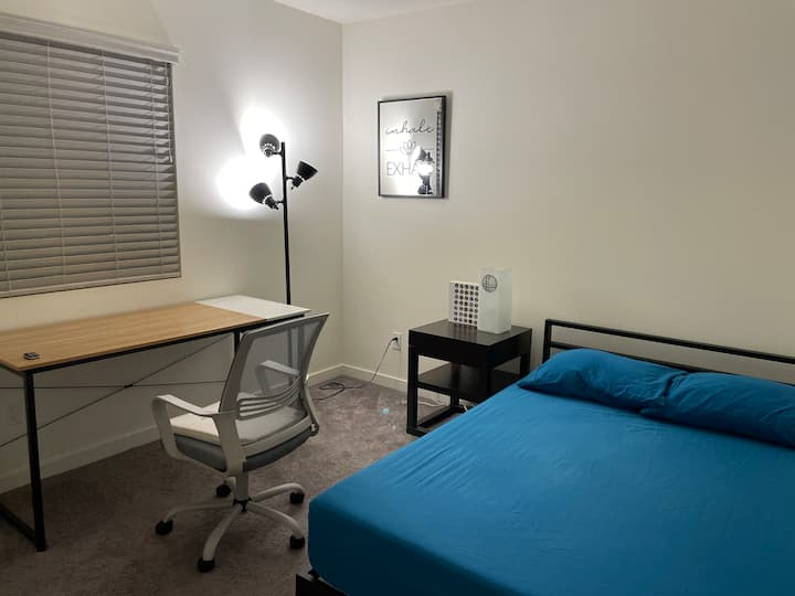 Medical/PA/Nursing Students - Room for Rent