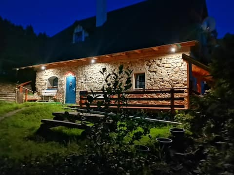 Hytte Sýpka i en malerisk landsby i Liptov