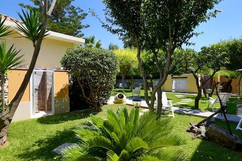 RE SOLE - Casa Vacanza MARTE in villa