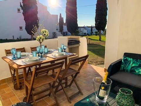 Casa da Praia/88A - Srª da Rocha/Porches/Algarve