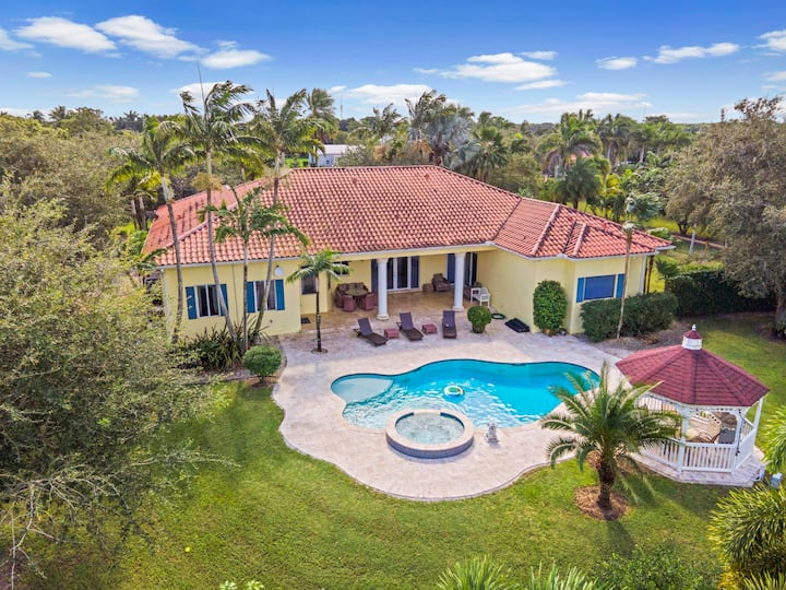 South Miami Vacation Farm Villa