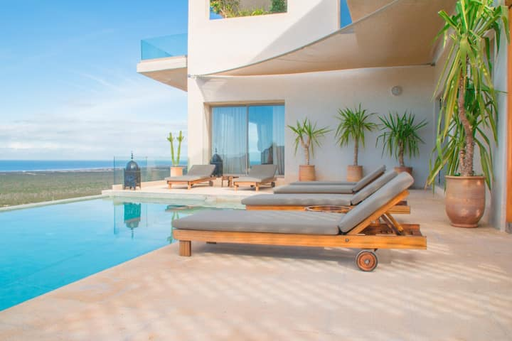 5 bedrooms, pool seasight Villa - Essaouira area