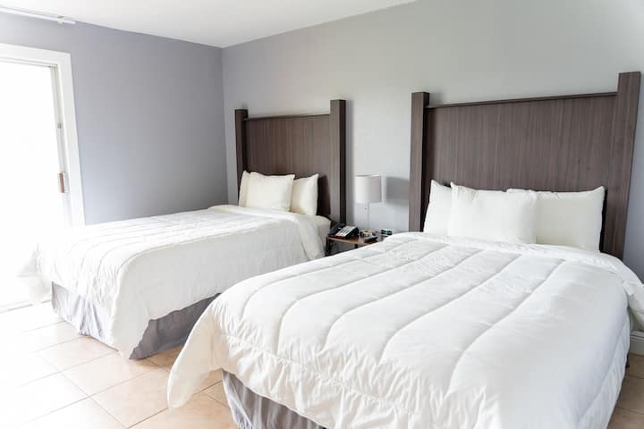 Celebration Suites 2 Miles From Disney For 6 Hotels For Rent In Kissimmee Florida United States