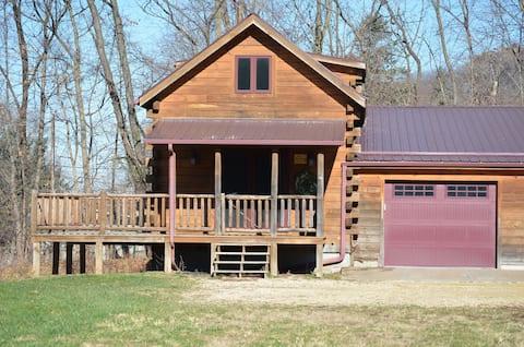 Sixteen Pines Log Cabin