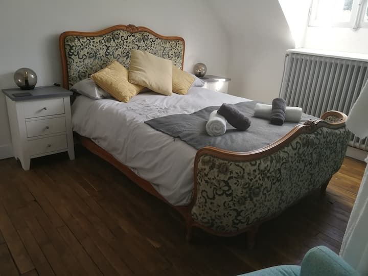Central Brittany Bed and Breakfast Canal View Room
