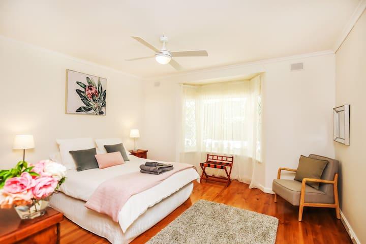 Elm Tree Queen size Bedroom