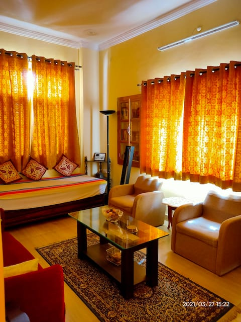 """""""CHIRAG HOME STAY """" A Tranquil Bliss ."""