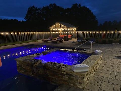 Luxury Retreat on Farm with Pool, Hot Tub, Fishing