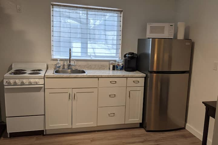 Close to everything, 2 bedroom guest suite