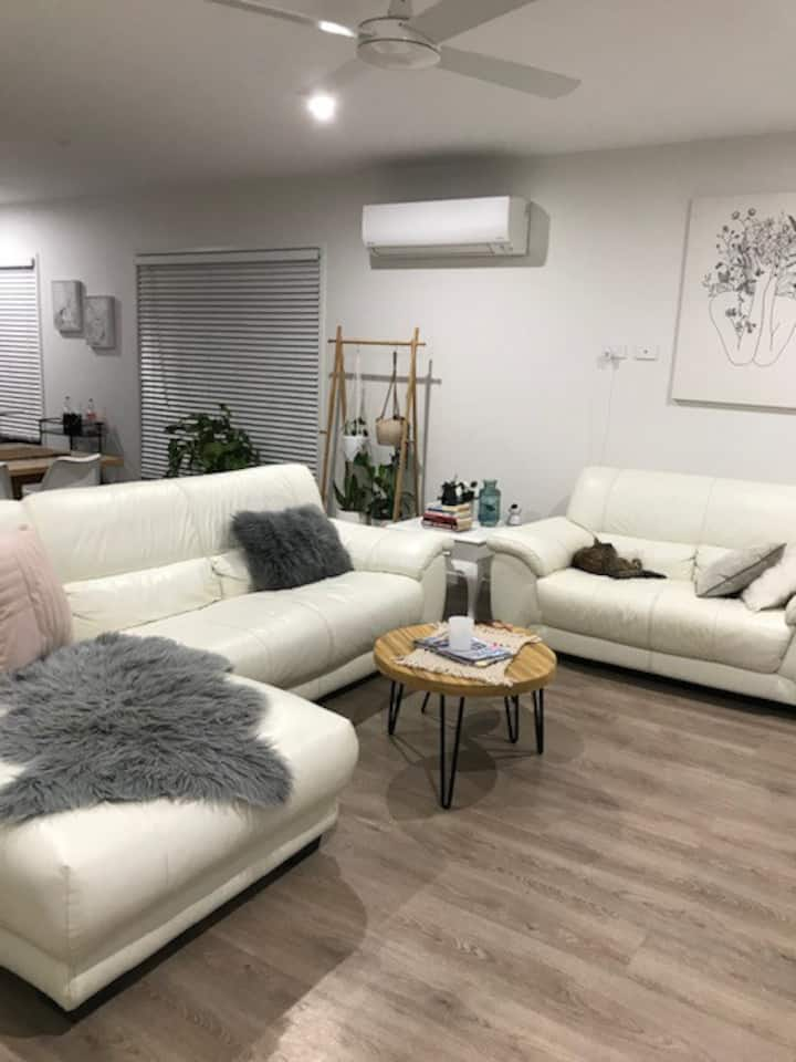 2 Bedrooms & Media room in comfortable shared home