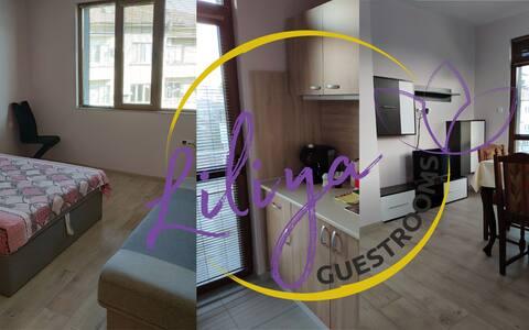 Стои за гости LILIYA - Двойна стая
