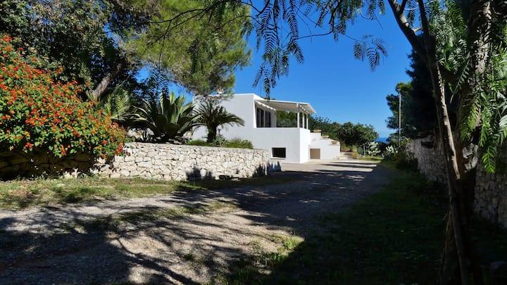 Villa Giulia nel Salento - Pace e Relax al mare