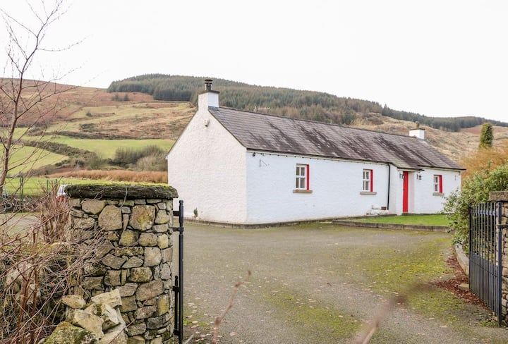 'New ! Katie's Cottage , Killeavy'