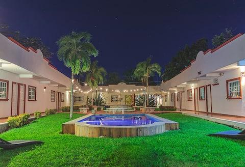 Hotel lagoon
