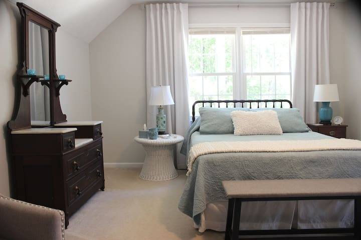 Bedroom 1:  You'll have a beautiful, spacious room with a comfortable queen bed.