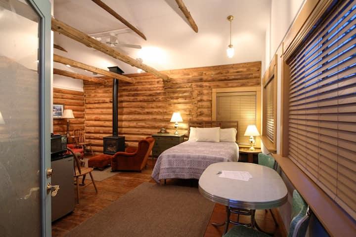 Versatile cabin in Centennial, Wyoming.