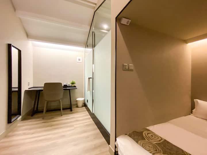 Private Double Lower cabin near Jalan Besar MRT