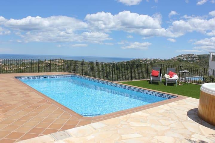 Villa apartment,2bedroom,Private pool,Hot tub,WiFi