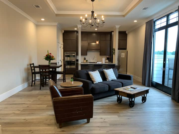 The Central Hotel - 2 Bedroom Suite