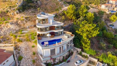 Villa Bella Five For 6 Family  Private Pool Wifi