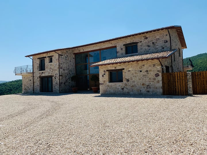 Il Casale Salcim - Luxury Villa with private swimming pool, views and terraces