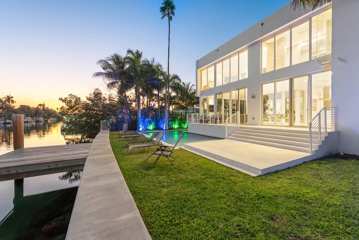 Massive Modern Waterfront Mansion w/ Heated Pool!