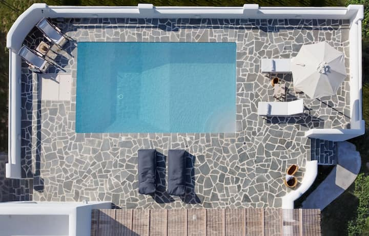 ILI ~ Villa ~ 3 Bedroom ~ Pool ~ Plaka Beach