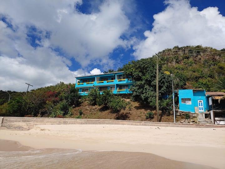 Orrie's Hotel & Beach Bar.  right near da beach! 2