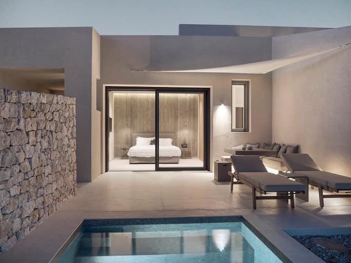 Santorini Sky | Junior Villa 2 *JUST OPENED*