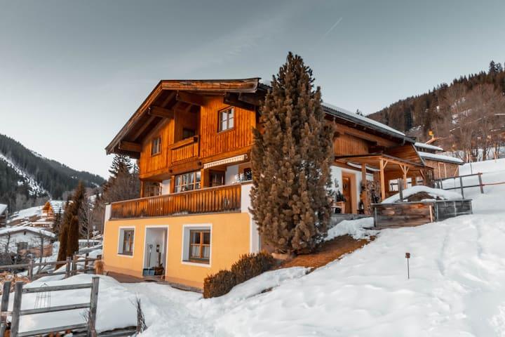 Alpin Apartment Haus Gehwolf