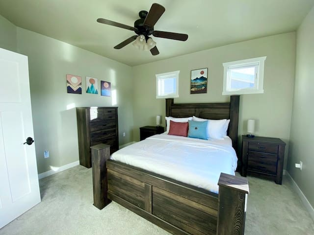 Master Bedroom with Memory Foam Mastress