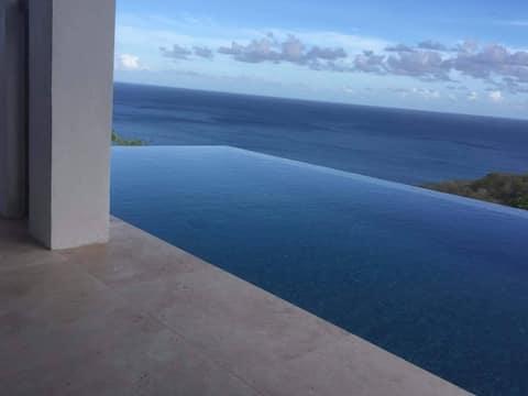 Modernes Luxus-Apartment  mit Klimaanlage, Frühstück und Pool