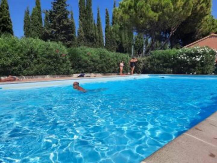 Jolie Villa 2 chambres avec terrasse & piscine