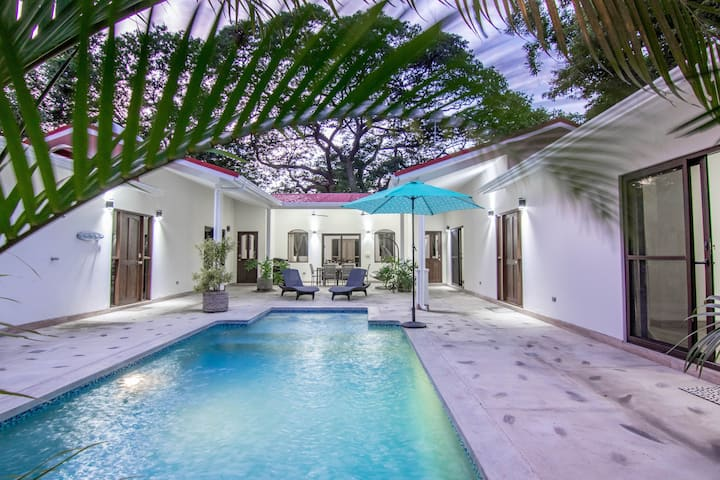 New House with Private Pool in Playa Colorado