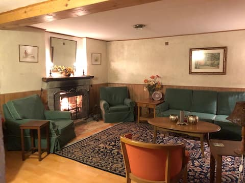 Teddy's Lodge- A luxury cottage, Dalhousie