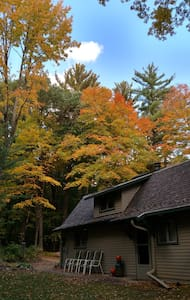 Barn In The Woods Lodge ~ Fall Has Arrived!