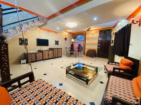 3BHK Lonavala Villa With Backyard - HomeStay Inn
