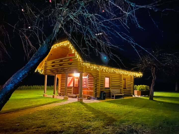 Holiday House Odumiņi Hot Tube, Sauna