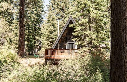 Wayfare Cabin: Tahoe West Shore A-Frame