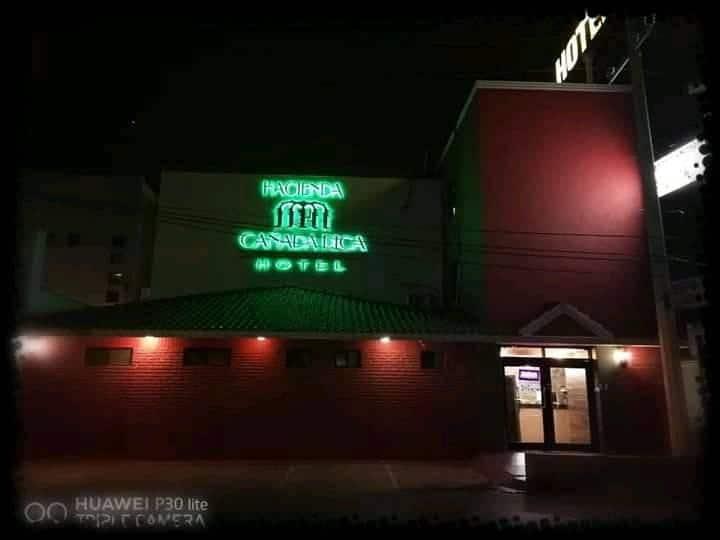 Habit Hotel RestauranteCafe Aerop Playa Refineria3