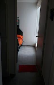 acceso primera habitacion.