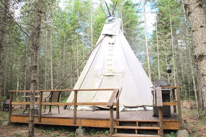 Hay there farm glamping cozy Tipi sanctuary